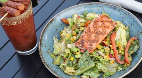 Grilled Salmon & Sweet Corn Salad